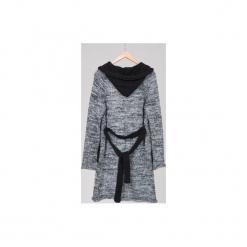 Sweter z kapturem DALET czarno-biały. Szare swetry klasyczne damskie marki Reserved, m, z kapturem. Za 289,00 zł.