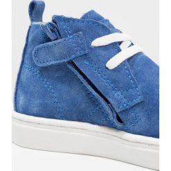 Pinocchio Sznurowane sportowe cobalt. Niebieskie buty sportowe chłopięce Pinocchio, z materiału, na sznurówki. W wyprzedaży za 341,10 zł.