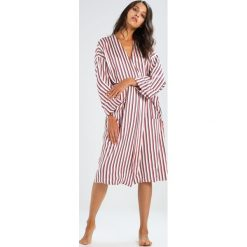 Szlafroki kimona damskie: ASCENO TWIN STRIPE ROBE Szlafrok red/drak blue/white