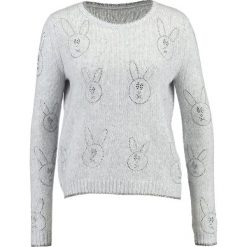 Swetry klasyczne damskie: Princess goes Hollywood Sweter white smoke