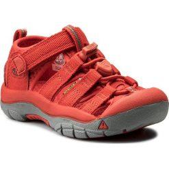 Sandały KEEN - Newport H2 1018260 Firey Red. Czerwone sandały chłopięce marki Born2be, z materiału, z otwartym noskiem, na zamek. Za 239,95 zł.