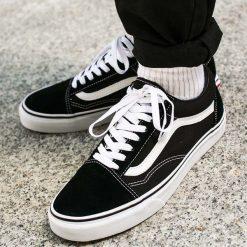 "Buty Vans Old Skool ""Black/White"" (VD3HY28). Szare buty sportowe męskie marki Vans, z materiału. Za 299,99 zł."