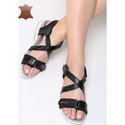 Czarne Skórzane Sandały Rainforest. Czarne sandały damskie marki Born2be, z materiału, na obcasie. Za 99,99 zł.
