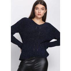 Grantowy Sweter Lightning Strike. Czarne swetry klasyczne damskie Born2be, l, z okrągłym kołnierzem. Za 79,99 zł.