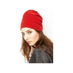 Czapka czerwona/ organiczna bawełna. Czerwone czapki zimowe damskie Siss, z bawełny. Za 65,00 zł.