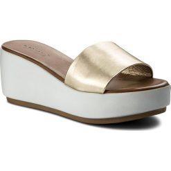Chodaki damskie: Klapki INUOVO - 8695 Gold