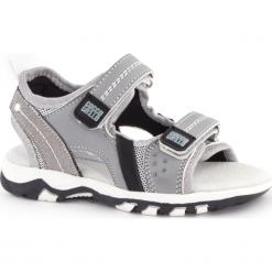 Sandały. Czerwone sandały chłopięce marki Born2be, z materiału, z otwartym noskiem, na zamek. Za 109,90 zł.