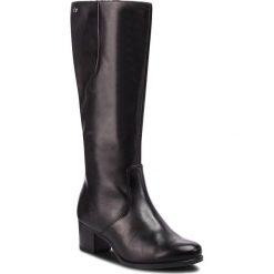 Kozaki CAPRICE - 9-25519-21 Black Nappa 022. Czarne kowbojki damskie Caprice, z materiału, przed kolano, na wysokim obcasie. Za 519,90 zł.