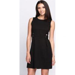 Sukienki: Czarna Sukienka At Your Side
