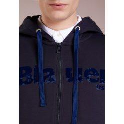 Blauer FELPA APERTA CAPPUCCIO Bluza rozpinana blue notte. Białe bluzy męskie rozpinane marki Blauer. W wyprzedaży za 347,40 zł.