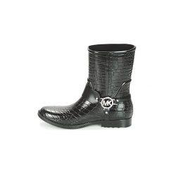 Kalosze MICHAEL Michael Kors  MK CROCO RAIN BOOTIE. Czarne kalosze damskie marki MICHAEL Michael Kors, z gumy, przed kolano, na wysokim obcasie. Za 569,00 zł.
