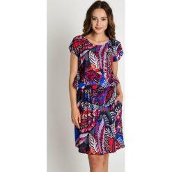 Sukienki balowe: Luźna sukienka z gumką w talii BIALCON