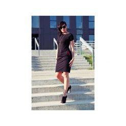 Sukienka sportowa z kieszeniami. Czarne sukienki letnie marki Szarymary, z bawełny, sportowe, ołówkowe. Za 119,00 zł.