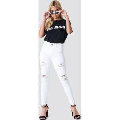 Spodnie damskie: Trendyol Jeansy skinny z rozdarciami - White