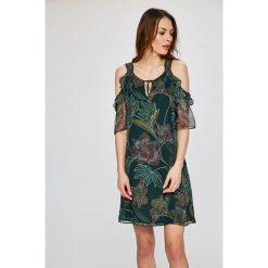 Morgan - Sukienka. Szare sukienki mini marki Morgan, na co dzień, z materiału, casualowe, z okrągłym kołnierzem, proste. W wyprzedaży za 229,90 zł.