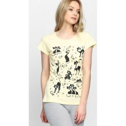 Żółty T-shirt Orgullo. Żółte bluzki damskie marki Mohito, l, z dzianiny. Za 19,99 zł.