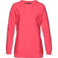 Sweter z rękawami typu nietoperz bonprix jasnoróżowy. Czerwone swetry klasyczne damskie marki bonprix. Za 49,99 zł.