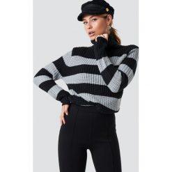 Rut&Circle Dzianinowy golf Tinelle - Black,Grey,Multicolor. Szare golfy damskie marki Vila, l, z dzianiny, z okrągłym kołnierzem. Za 80,95 zł.