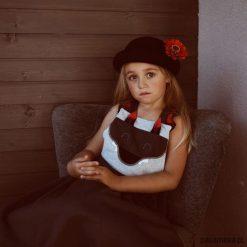 Sukienka z szelkami Wilk. Czarne sukienki dziewczęce z falbanami Pakamera, z bawełny, eleganckie. Za 79,00 zł.
