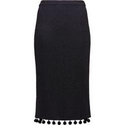Club Monaco Spódnica ołówkowa  black. Czarne spódniczki ołówkowe Club Monaco, z materiału. W wyprzedaży za 429,50 zł.