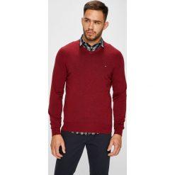 Tommy Hilfiger - Sweter. Brązowe swetry klasyczne męskie TOMMY HILFIGER, l, z bawełny. Za 399,90 zł.
