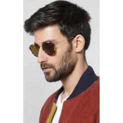 RayBan Okulary przeciwsłoneczne brown. Brązowe okulary przeciwsłoneczne damskie lenonki marki Ray-Ban. Za 619,00 zł.