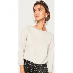 Lekki sweter z brokatową nitką - Jasny szar. Szare swetry klasyczne damskie Reserved, l. Za 59,99 zł.