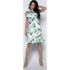Sukienki: Biała Sukienka Prosta Wzorzysta z Falbankami