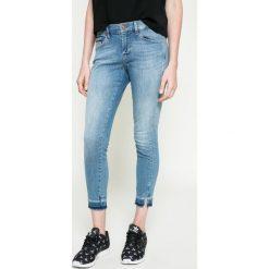 Calvin Klein Jeans - Jeansy. Niebieskie jeansy damskie marki Calvin Klein Jeans. W wyprzedaży za 319,90 zł.