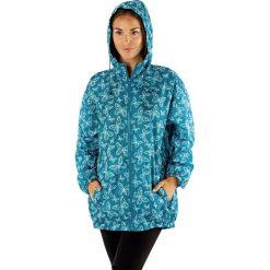 Nieprzemakalna damska kurtka ProClimate Motyle II. Składana w kieszeń. Czarne kurtki damskie marki Astratex, z mikrofibry, z dekoltem na plecach. Za 64,99 zł.