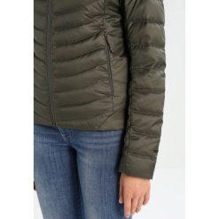 The North Face TANKEN INS Kurtka puchowa new taupe green. Różowe kurtki damskie puchowe marki The North Face, m, z nadrukiem, z bawełny. W wyprzedaży za 599,20 zł.