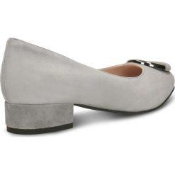 Czółenka MIHO. Szare buty ślubne damskie marki Gino Rossi, ze skóry, na niskim obcasie. Za 299,90 zł.