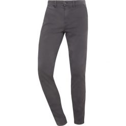 7 for all mankind Chinosy graphite. Szare chinosy męskie 7 for all mankind, z bawełny. Za 929,00 zł.