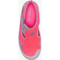 Sandały dziewczęce: New Balance – Sandały dziecięce K2013PKG