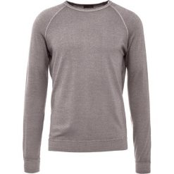 Drumohr FELPA Sweter taupe. Białe swetry klasyczne męskie marki Bambi, l, z nadrukiem, z okrągłym kołnierzem. W wyprzedaży za 544,50 zł.