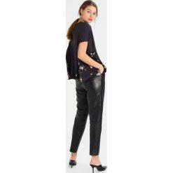 T-shirty damskie: AllSaints MAGNOLIA ELENA TEE Tshirt z nadrukiem washed black