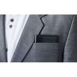 Cienki skórzany męski portfel SOLIER SLIM CZARNY GRACIE. Czarne portfele męskie marki Solier, z materiału. Za 79,90 zł.