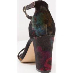 Rzymianki damskie: Madden Girl BEELLA Sandały na obcasie black/multicolor
