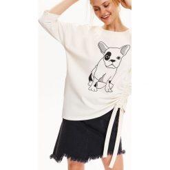 Bluzy damskie: BLUZA DAMSKA Z MODNYM WIĄZANIEM I DRUKIEM
