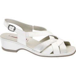 Sandały damskie Medicus białe. Białe sandały trekkingowe damskie marki Medicus, z materiału, na obcasie. Za 159,90 zł.