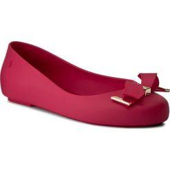 Baleriny MELISSA - Mel Space Love Inf 31957 Dark Pink 01148. Szare meliski damskie marki Melissa, z gumy. W wyprzedaży za 189,00 zł.