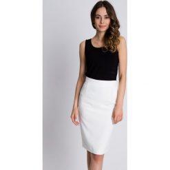 Spódniczki: Ołówkowa spódnica z podszewką w kolorze ecru BIALCON