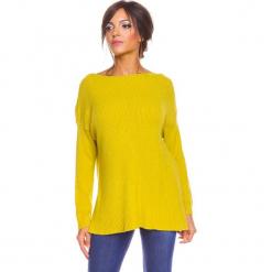 """Sweter """"Louina"""" w kolorze żółtym. Żółte swetry klasyczne damskie marki So Cachemire, s, z kaszmiru, z dekoltem w łódkę. W wyprzedaży za 173,95 zł."""