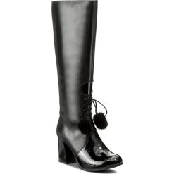 Kozaki ANN MEX - 8230 01RS+01L Czarny. Czarne buty zimowe damskie marki Ann Mex, z lakierowanej skóry, na obcasie. W wyprzedaży za 399,00 zł.