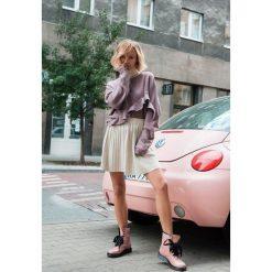Ciemnoróżowa Bluza Flexible. Czerwone bluzy damskie marki other, l. Za 89,99 zł.