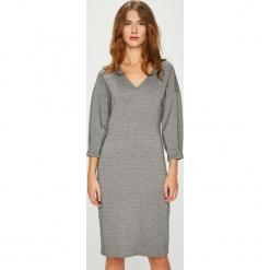 Medicine - Sukienka Essential. Szare sukienki mini MEDICINE, na co dzień, l, z elastanu, casualowe, proste. W wyprzedaży za 69,90 zł.