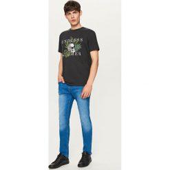 Rurki męskie: Denimowe spodnie slim fit – Niebieski