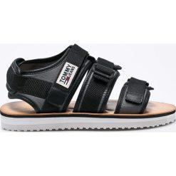 Tommy Jeans - Sandały. Szare sandały męskie skórzane Tommy Jeans. W wyprzedaży za 229,90 zł.