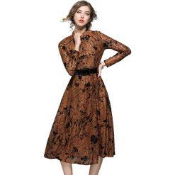 Długie sukienki: Sukienka w kolorze brązowym