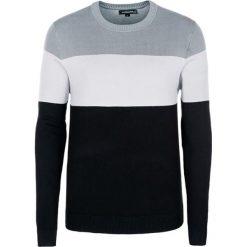 Swetry klasyczne męskie: Sweter w kolorze szaro-biało-czarnym